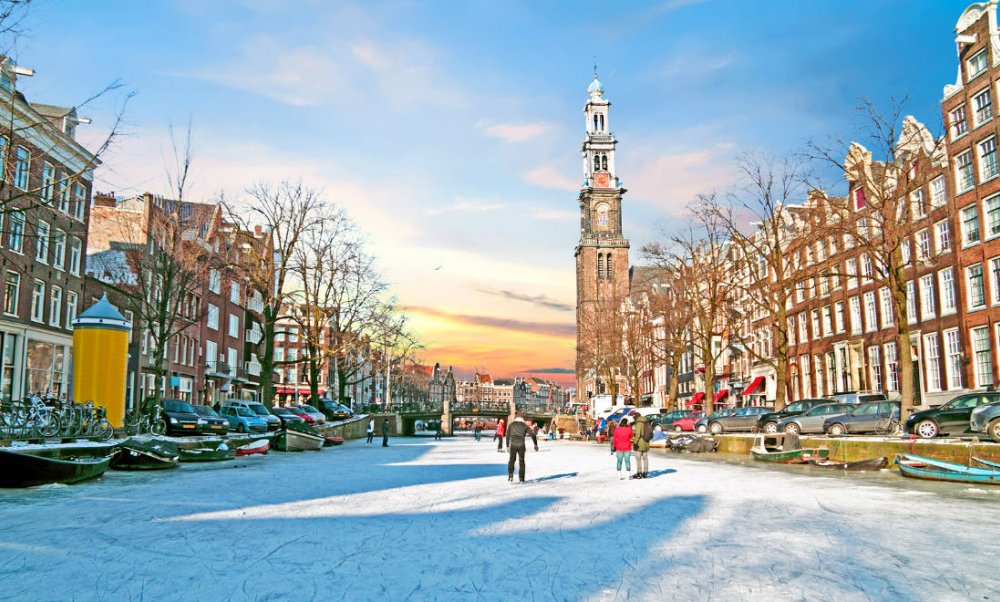 amsterdam-winter-netherlands-skating-canals-ice